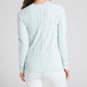 Athleta foothills long sleeve